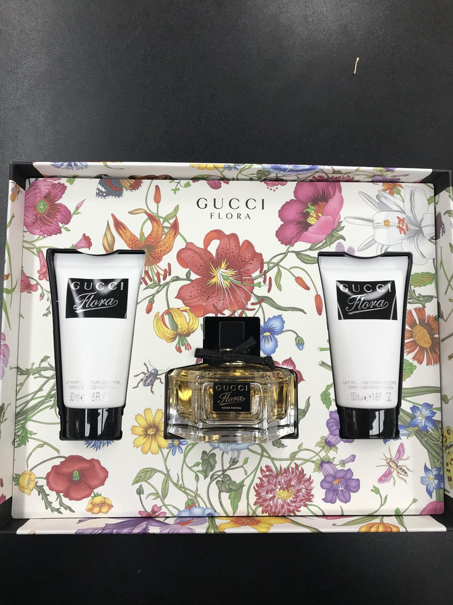 Flora by Gucci 50ml EDP Spray / 2 x 50ml Body Lotion - Gucci