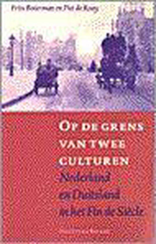 OP DE GRENS VAN TWEE CULTUREN - Frits Boterman |