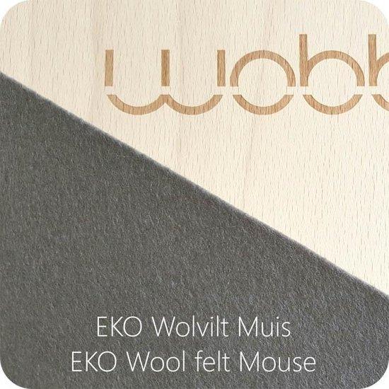 Wobbel Original Muis (grijs) - Blank gelakt houten balance board van 90 cm met grijs wolvilt