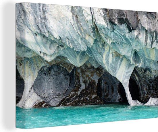 Onder water gelopen grotten van de Marble Caves in Chili Canvas 60x40 cm - Foto print op Canvas schilderij (Wanddecoratie woonkamer / slaapkamer)