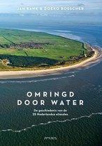 Boek cover Omringd door water van Jan Bank (Hardcover)