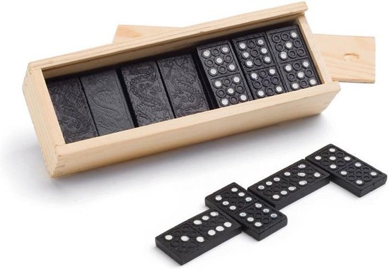 Afbeelding van het spel 1x Speelgoed domino spellen in houten kistje - Gezelschapsspel - Familiespel - Klassiek dominospel