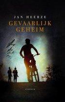 Boek cover Gevaarlijk geheim van Jan Heerze (Hardcover)