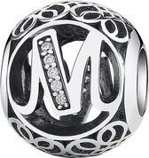 Zilveren bedel letter M met zirkonia steentjes