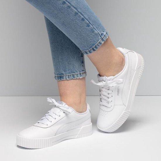 Puma Carina sneakers wit