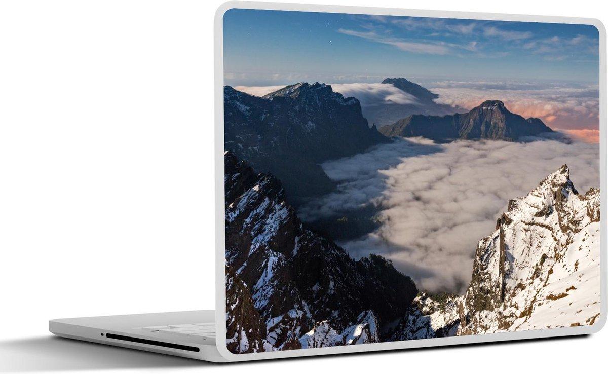 Laptop sticker - 15.6 inch - De besneeuwde bergtoppen van het Nationaal park Caldera de Taburiente