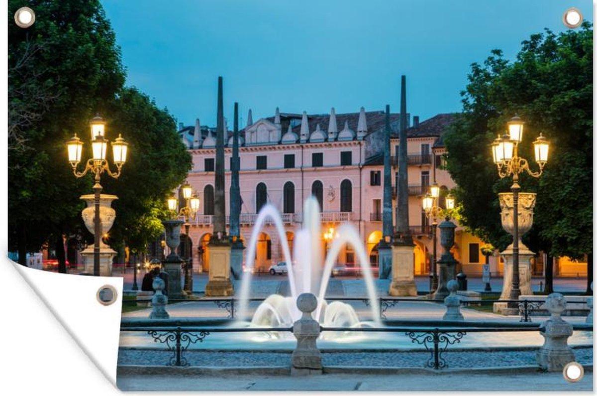 Tuindecoratie Padova - Fontein - Avond - 60x40 cm - Tuinposter