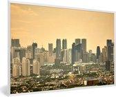 Foto in lijst - Oranje zonsondergang boven Manila fotolijst wit 60x40 cm - Poster in lijst (Wanddecoratie woonkamer / slaapkamer)