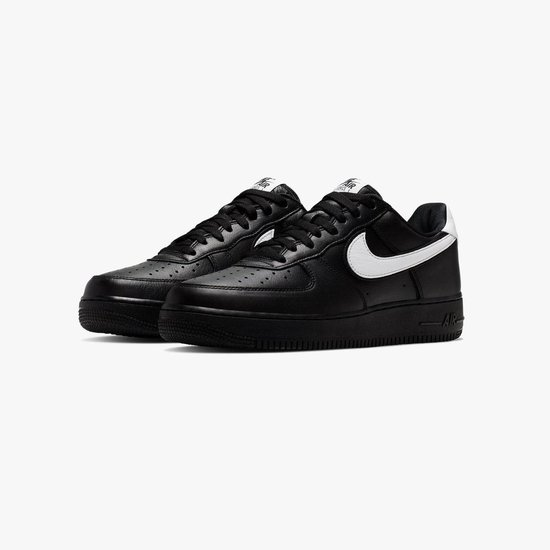 Nike Air Force 1 Low Retro QS Zwart Wit Dames Sneaker CQ0492 001 Maat 36.5