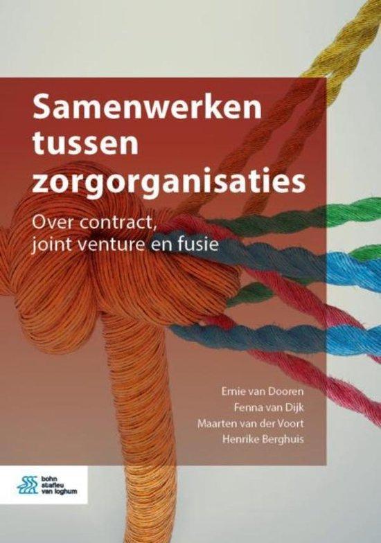 Boek cover Samenwerken tussen zorgorganisaties van Ernie van Dooren (Onbekend)