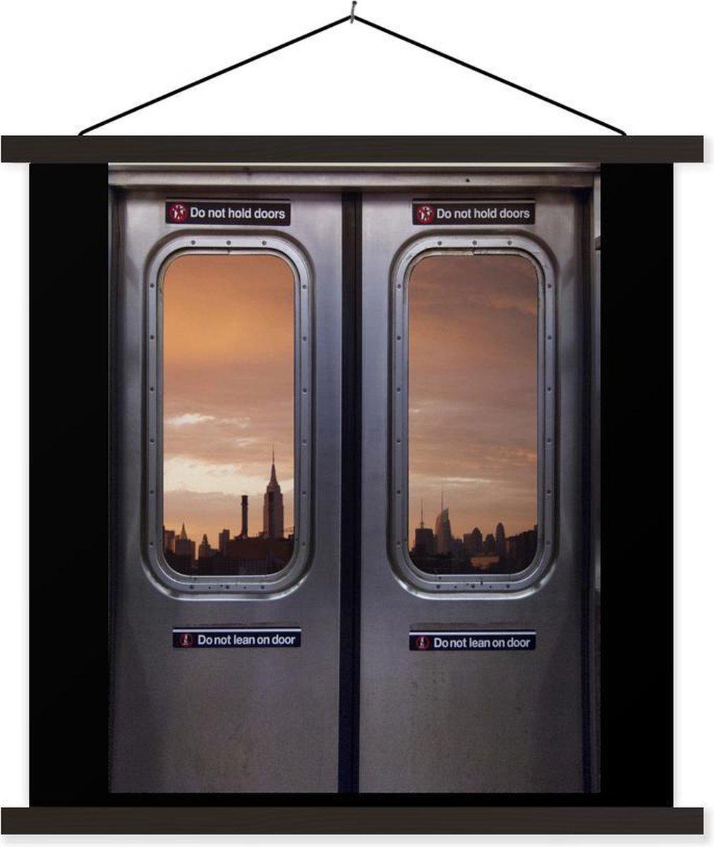 uitzicht vanuit de metro textielposter latten zwart 60x80 cm - Foto print op schoolplaat (wanddecoratie woonkamer/slaapkamer)
