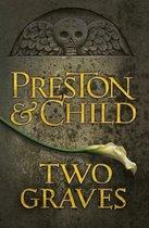 Boek cover Two Graves van Lincoln Child