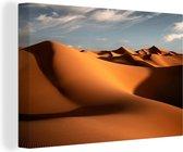 Marokkaanse duinen Erg Chebbi tijdens de ochtend Canvas 140x90 cm - Foto print op Canvas schilderij (Wanddecoratie woonkamer / slaapkamer)