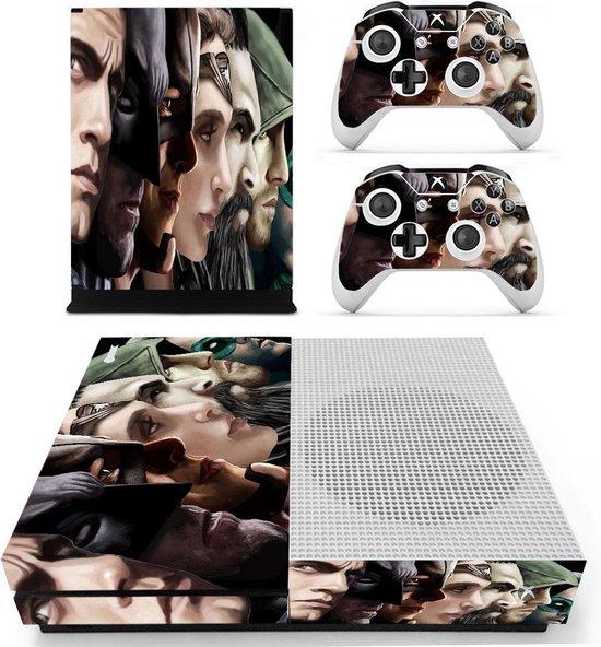 Superheroes – Xbox One S skin