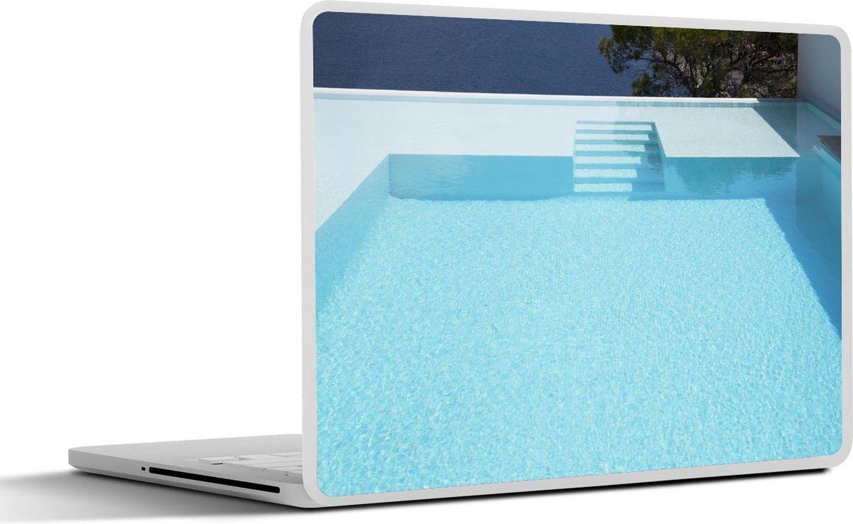 Laptop sticker - 12.3 inch - Oneindig zwembad met traptreden
