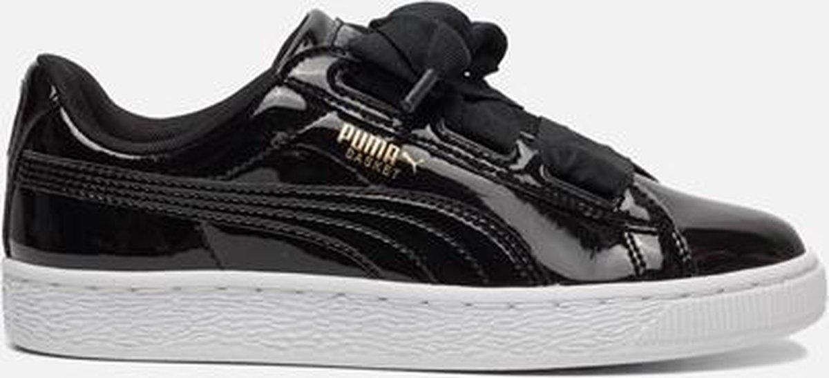 bol.com | Puma Basket Heart sneakers zwart
