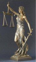 Beeldje Vrouwe Justitia bronskleurig met blauwe teint