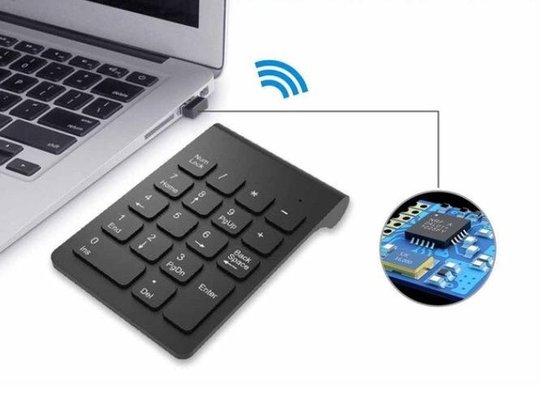 WiseGoods – Premium Draadloze Numpad – Draadloos Numeriek Toetsenbord – 2.4GHz Draadloos – Bluetooth Numpad – Voor Laptop – Zwart