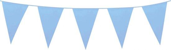 Vlaggen slinger met grote vlaggen (30-45 cm) baby blauw