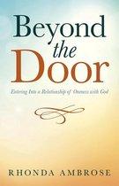 Boek cover Beyond the Door van Rhonda Ambrose
