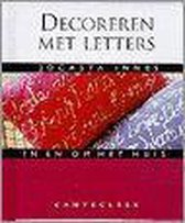 Jocasta Innes in en om het huis Decoreren met letters