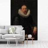 Fotobehang vinyl - Portrait of a Man - Schilderij van Anthony van Dyck breedte 215 cm x hoogte 320 cm - Foto print op behang (in 7 formaten beschikbaar)