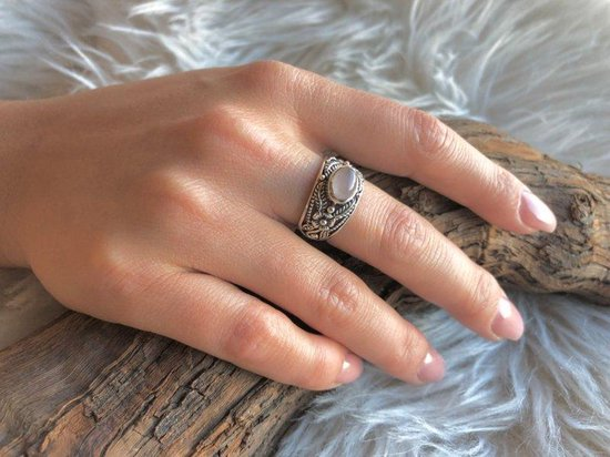 Bewerkte Bali style zilveren ring Rose Quartz - Leelavadee Jewelry