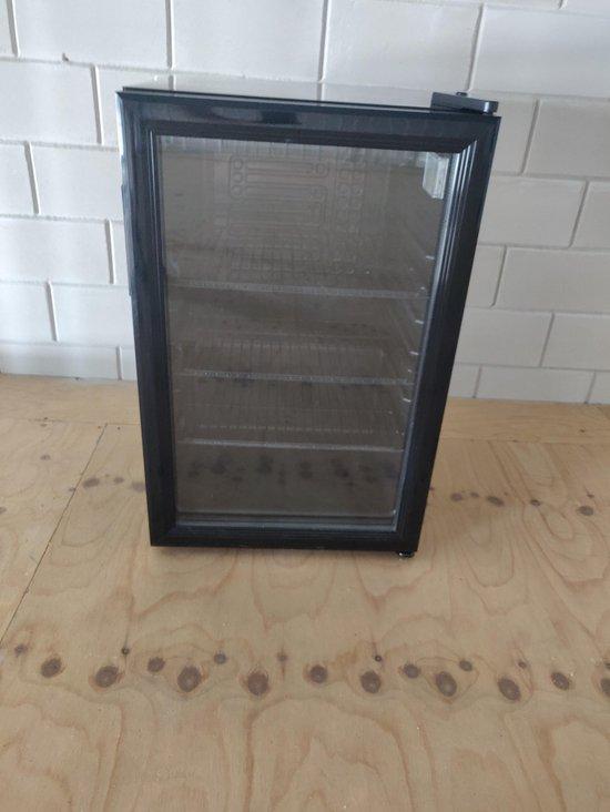 Koelkast: VDT minibar - koelkast - Horeca - 68 Liter - Glasdeur - Black Edition, van het merk VDT