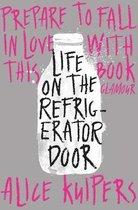 Omslag Life on the Refrigerator Door