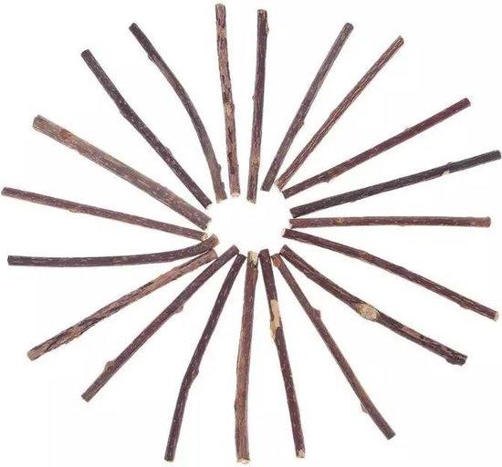 15 stuks - Matatabi - 100% natuurlijk en A-kwaliteit - matatabi stokjes - catnip effect - Gratis katoenen bewaarzak voor optimale houdbaarheid - Geen verzendkosten! - Merkloos
