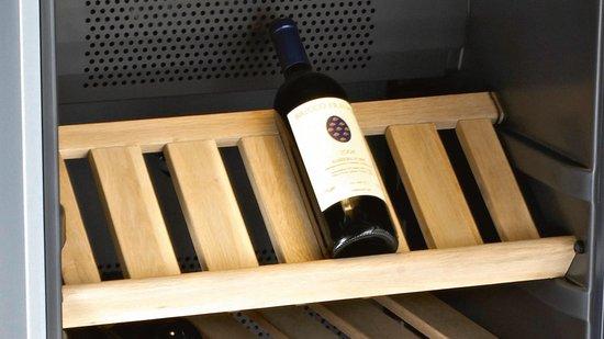 Bosch Wijnkoelkast KSW38940