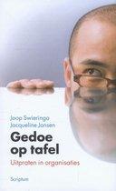 Boek cover Gedoe op tafel van Joop Swieringa