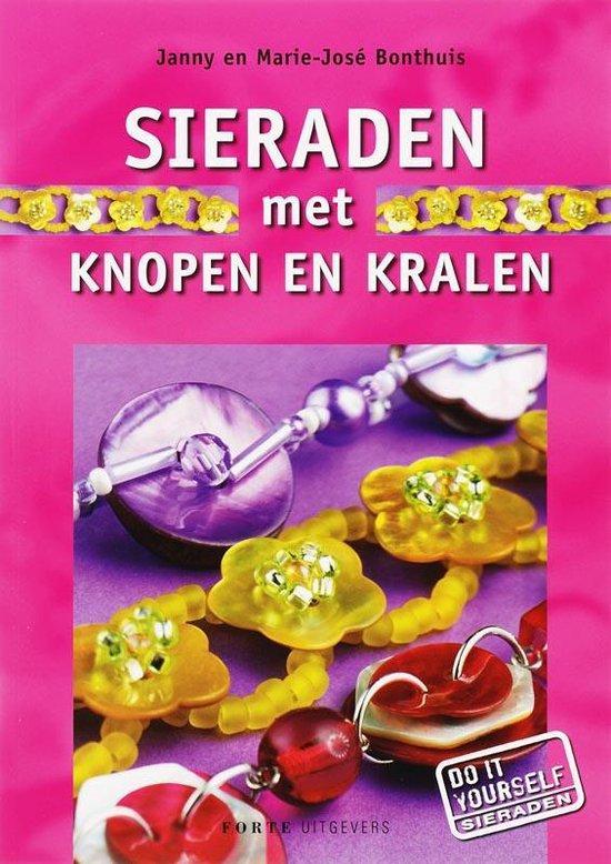 Sieraden Met Knopen En Kralen - Janny Bonthuis-Jager  