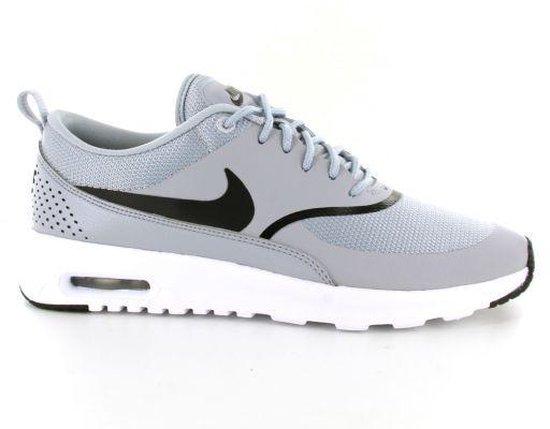 Nike Air Max Thea Sneakers Dames zwartwit Maat 41