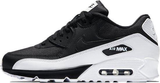 bol.com | Nike Air Max 90 Essential Sneakers Heren - zwart/wit