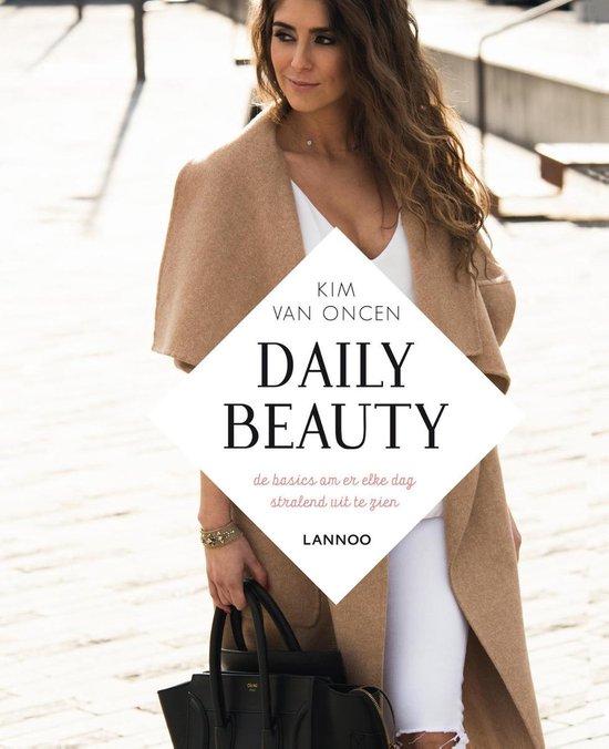 Daily beauty - Kim van Oncen  