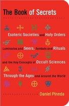Boek cover Book of Secrets van Daniel Pineda