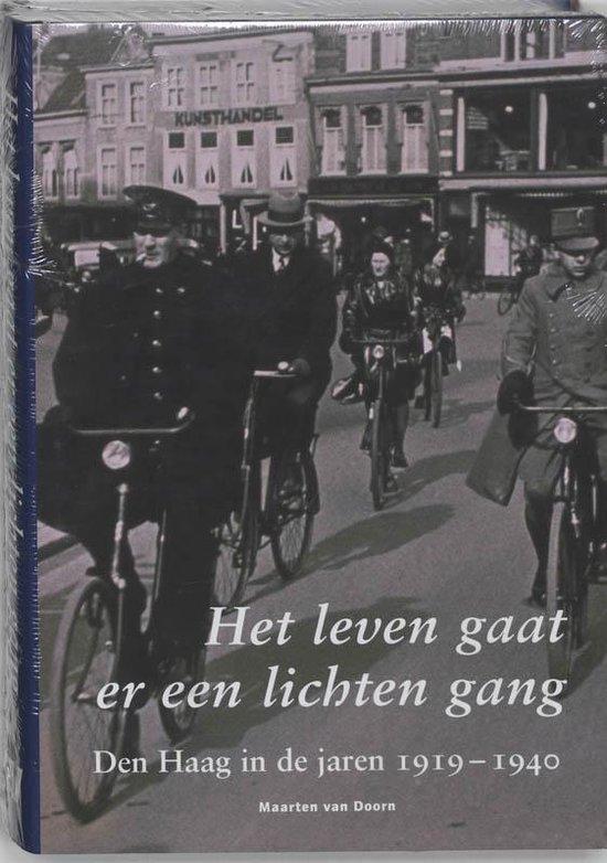 Het leven gaat er een lichten gang - Maarten van Doorn |