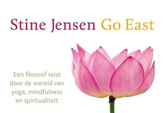 Go East - dwarsligger (compact formaat) - Stine Jensen pdf epub