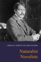 Boek cover Naturalist Novelists van Salem Press