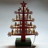 Kerstboom rood met sneeuwpoppen en rendieren handgemaakt van houtsnijwerk met ledverlichting