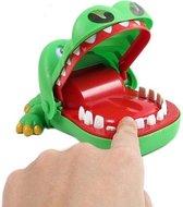 Spel Bijtende Krokodil – Reis editie - Krokodil met Kiespijn – Krokodil Tanden Spel - Tandarts - Party Spel - Gezelschapsspel - Drankspel - Shot spel - Groene Krokodil