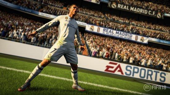 FIFA 18 - PS4 - Electronic Arts
