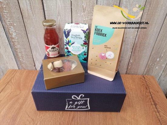 Giftbox Moederdag - Cadeau pakket - speciaal voor haar - moeder - verwen pakket - bonbons - chocolade pakket - Thee pakket - secretaressedag