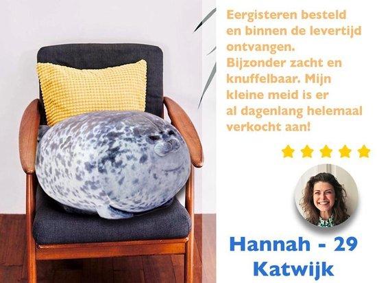Bibi de Zeehond – Seal Pillow – 40 cm – Dik Zeehonden Kussen – Knuffel Zeehond – Grappig Schattig Slaapkussen - Dieren Relax Kussen - Kamer Decoratie - Zachte Dierenknuffel - Housewarming Cadeau - ®Airborne Seal
