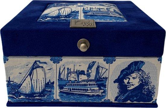 The Dutch Tea Box Holland Souvenir Theedoos met Thee en Stroopwafels Cadeau - 4 vaks - Blauw