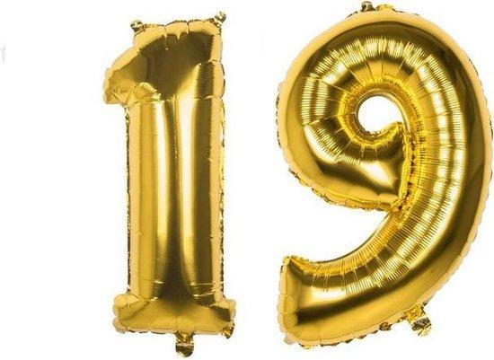 19 Jaar Folie Ballonnen Goud - Happy Birthday - Foil Balloon - Versiering - Verjaardag - Man / Vrouw - Feest - Inclusief Opblaas Stokje & Clip - XXL - 115 cm