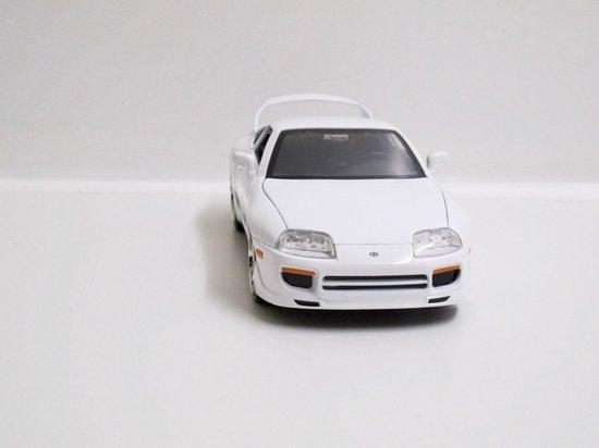 Brian´s Toyota Supra van de film Fast and Furious 7 2015 Wit 1-24 Jada Toys