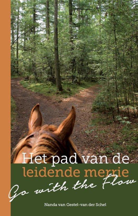 Het pad van de leidende merrie - Nanda van Gestel - van der Schel | Fthsonline.com
