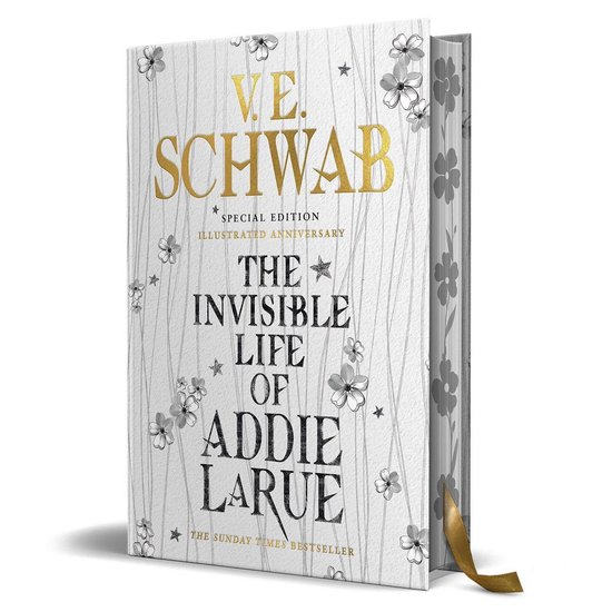 Boek cover The Invisible Life of Addie LaRue - special edition Illustrated Anniversary van V.E. Schwab (Hardcover)